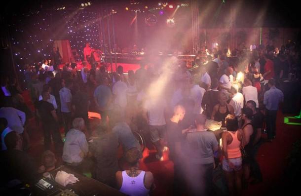 Bar à champagne - Crédit Photo: n.c.