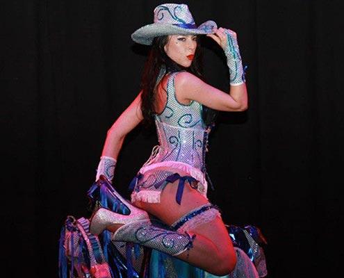 Lady K-Line - Crédit Photo: Max07 (cropped & resized)
